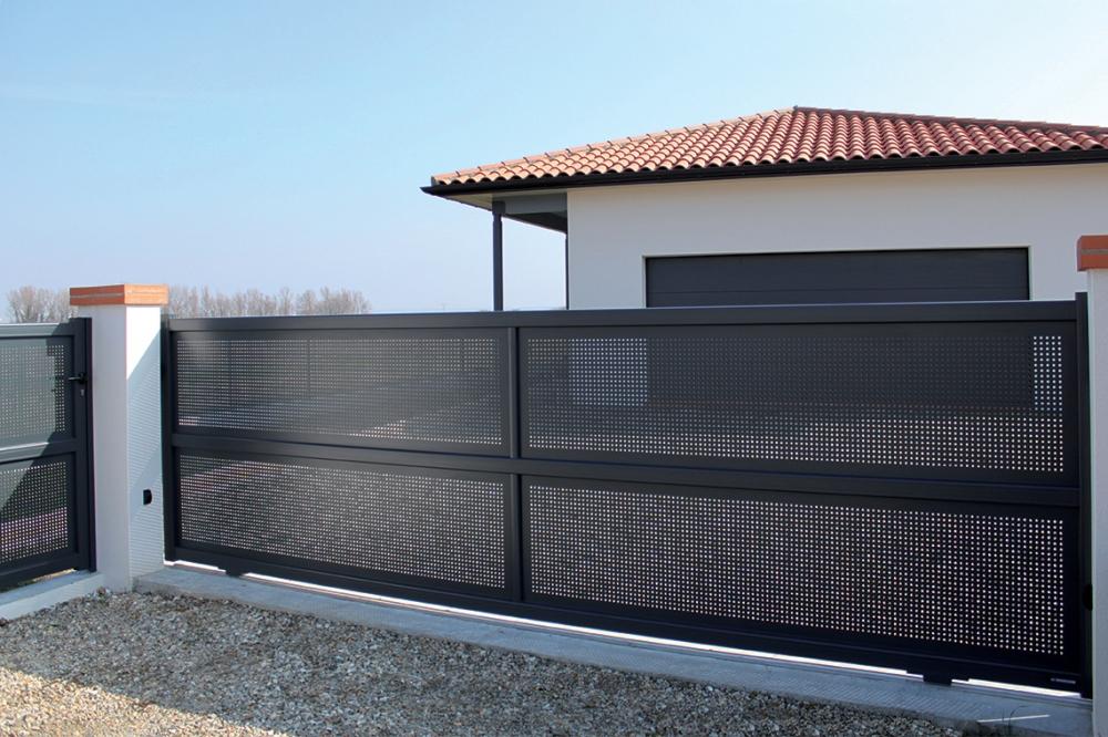 Creation Line - Argelès Sliding Gate Model