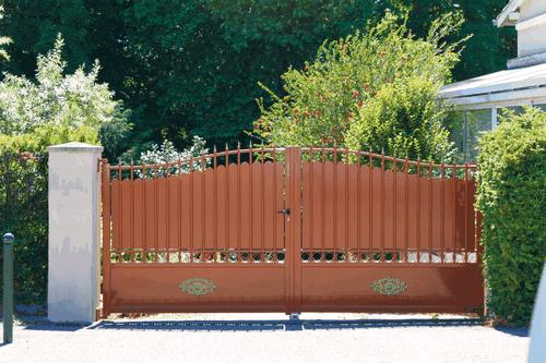 Tradition Line - Lastour Swinging Gate Model
