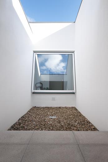 Asymmetric French Window - KALORY