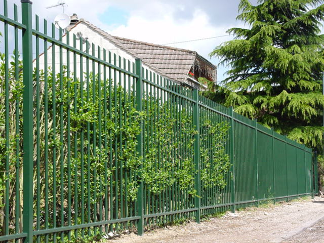 Bar fences Traversa