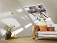 fenetre de toit motorisee velux integra® finition bois massif
